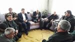 Resim Başkan Aydın, Umre Vazifesini Yerine Getiren Vatandaşları Ziyaret Etti