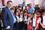 Resim İlkokul Öğrencilerinden Zonguldak Kömürspor'a Forma Desteği