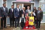 Resim Vali Çınar, Çaycuma'da Okullara Ziyaretlerde Bulundu