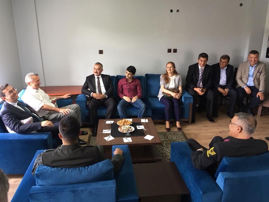 Resim Çaycuma'da Bayramlaşma Programına Yoğun İlgi Gösterildi