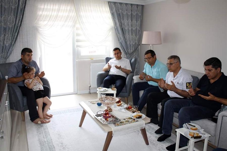 Resim Çaycuma'da 15 Temmuz Gazileri Ziyaret Edildi