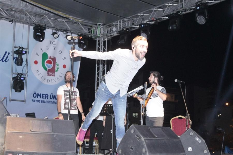Resim Filyos Kültür Sanat ve Denizcilik Festivali'nde Resul Dindar Rüzgarı