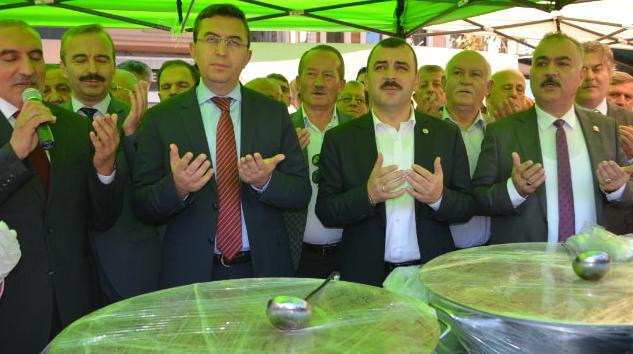Resim Ak Parti Çaycuma İlçe Başkanlığı'ndan Aşure Etkinliği
