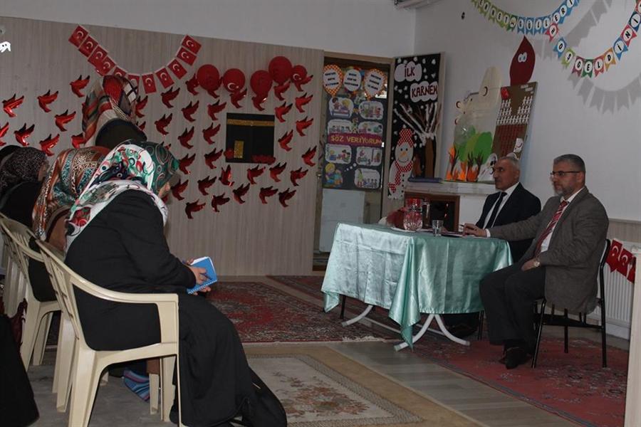 Resim Kuran Kursları Değerlendirme Toplantısı Yapıldı