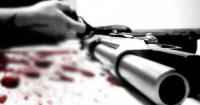 Resim Av Tüfeğiyle Göğsüne Ateş Ederek İntihar Etti