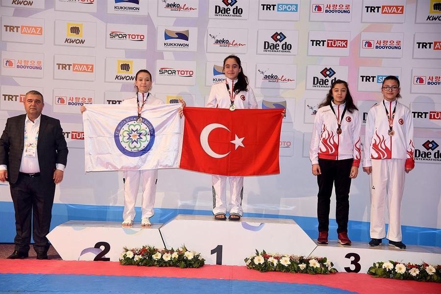 Resim Milli Taekwondocu Livanur Üçüncü Oldu