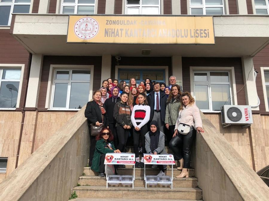 Resim Aşevleri Nihat Kantarcı Anadolu Lisesi'ne Teslim Edildi