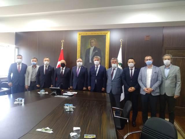 Resim Çaycuma TSO Yönetimi Vali Mustafa Tutulmaz'ı Ziyaret Etti