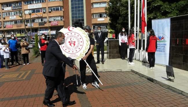 Resim 19 Mayıs Atatürk'ü Anma Gençlik ve Spor Bayramı Kutlandı